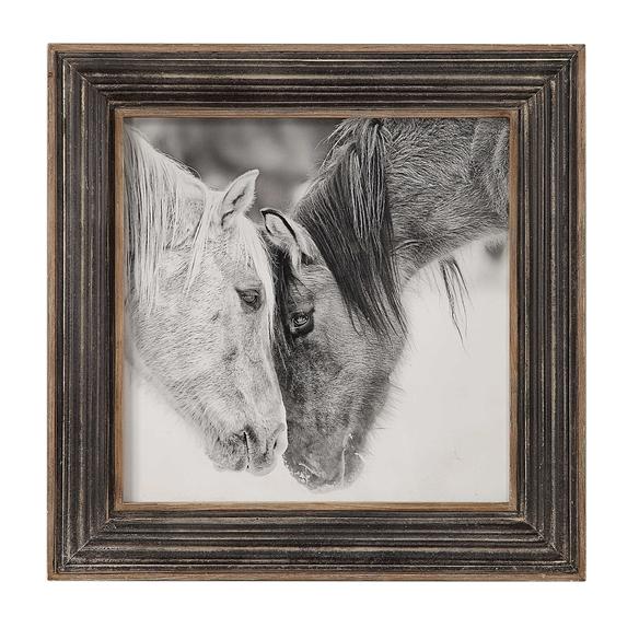 CUSTOM BLACK & WHITE HORSE-UTTER.PNG